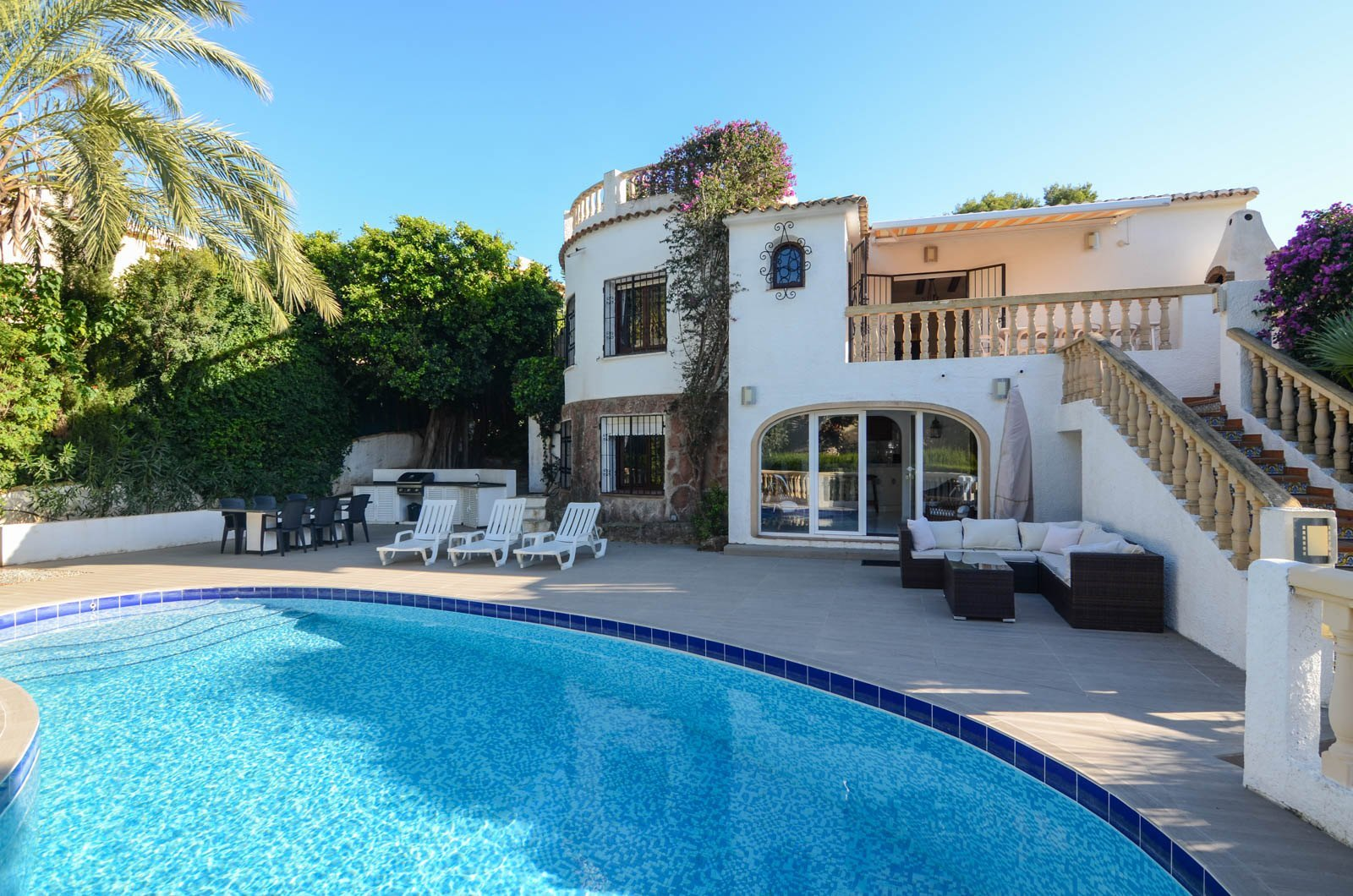 You find this beautiful villa for sale in Javea within the green area of Balcon al Mar, ,Spain